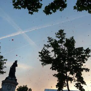Paris république couché de soleil