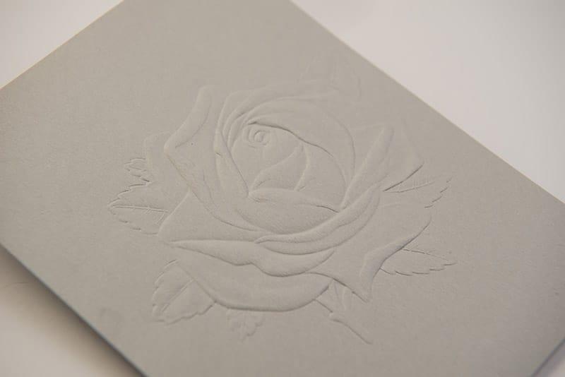 Impression gaufrage rose